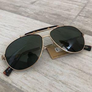 Fossil tortoise aviator polarized sunglasses NWT